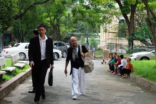 Kết thúc buổi làm việc giữa vợ chồng ông chủ cà phê Trung Nguyên - Ảnh 1.