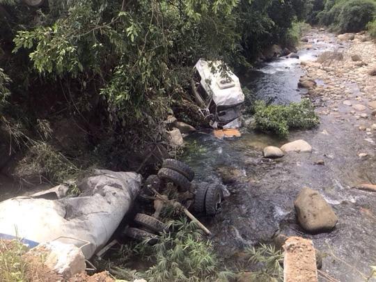 Danh tính 1 số nạn nhân vụ tai nạn 13 người chết ở Lai Châu - Ảnh 2.