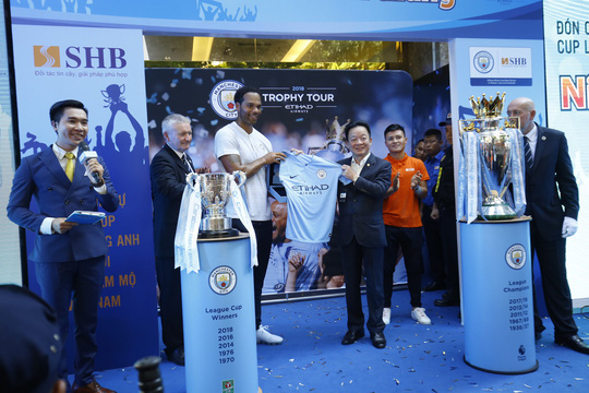 Quang Hải nói gì khi bầu Hiển muốn đưa anh sang Manchester City? - ảnh 2