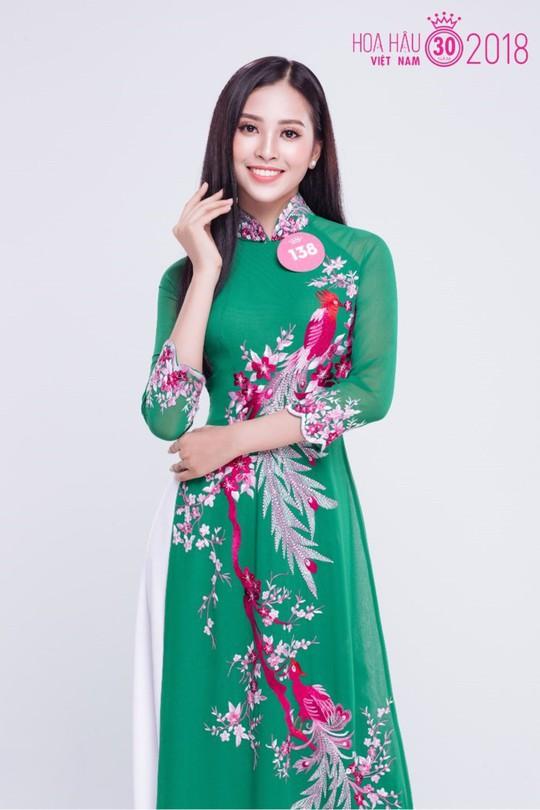 Cận cảnh nhan sắc Tân Hoa hậu Việt Nam 2018 Trần Tiểu Vy - ảnh 4