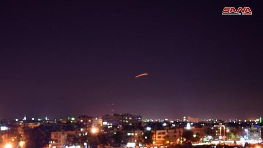 Syria: Israel bắn tên lửa vào sân bay Damascus - Ảnh 1.