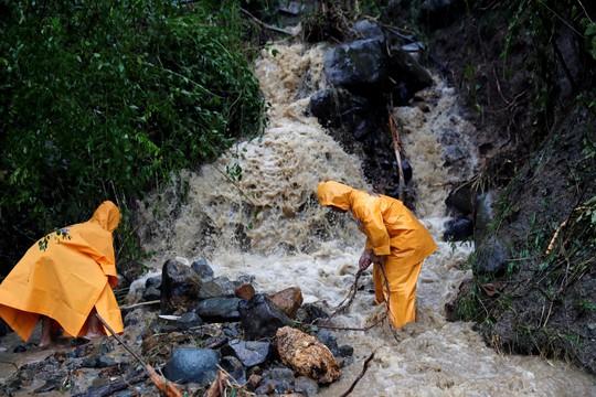 """Bão Mangkhut: Philippines tan hoang, 2 nhà máy hạt nhân Trung Quốc """"vào tầm ngắm"""" - Ảnh 4."""