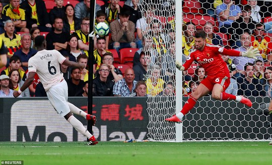 Smalling ghi bàn dị, Man United quật ngã hiện tượng Watford - Ảnh 2.