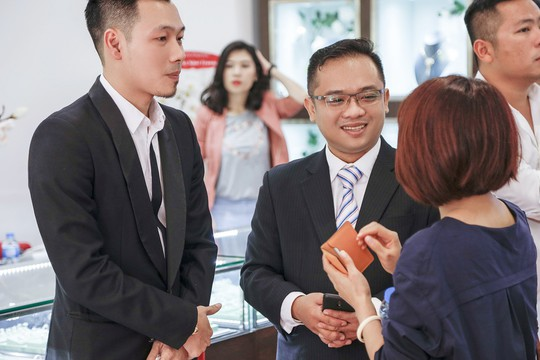 Ra mắt Trung tâm Kim hoàn Lộc Phúc và Siêu thị Trang sức cao cấp - Ảnh 2.