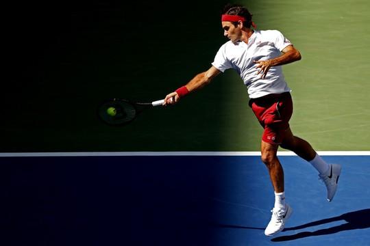 Clip: Federer, Sharapova đánh bại đàn em, vào vòng 4 US Open - Ảnh 3.