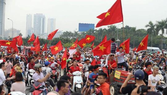 Cuồng nhiệt tôn vinh các tuyển thủ Việt Nam thi đấu hết mình tại ASIAD 2018 - Ảnh 7.