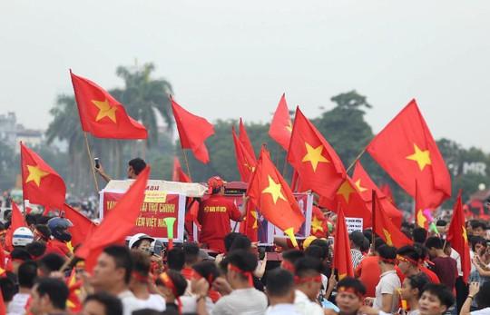 Cuồng nhiệt tôn vinh các tuyển thủ Việt Nam thi đấu hết mình tại ASIAD 2018 - Ảnh 8.
