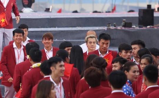 Những hình ảnh siêu cute của tuyển thủ Olympic Việt Nam - Ảnh 2.