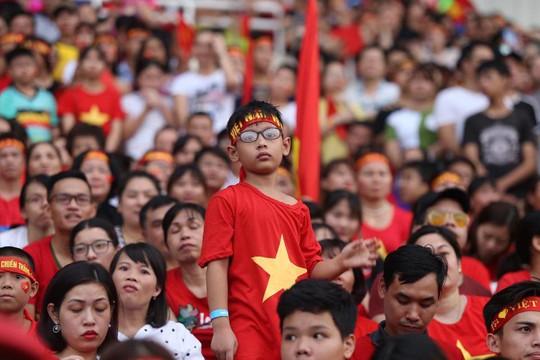 Cuồng nhiệt tôn vinh các tuyển thủ Việt Nam thi đấu hết mình tại ASIAD 2018 - Ảnh 6.