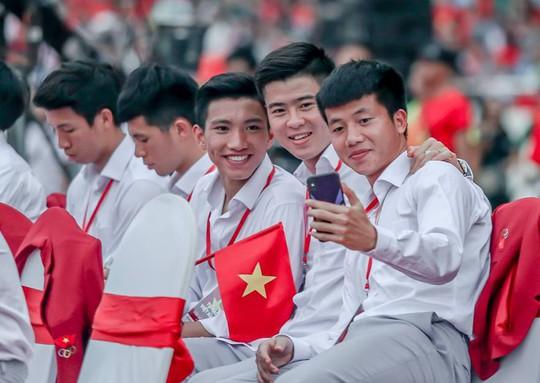 Những hình ảnh siêu cute của tuyển thủ Olympic Việt Nam - Ảnh 4.