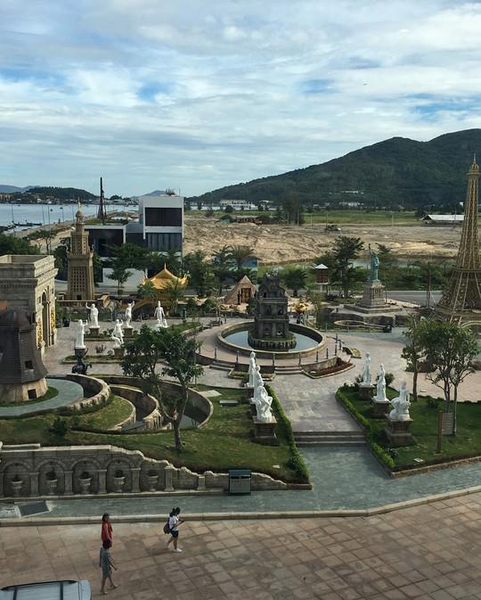 Công viên Kỳ quan thế giới ở Đà Nẵng có gì khiến giới trẻ sốt rần rần? - Ảnh 10.