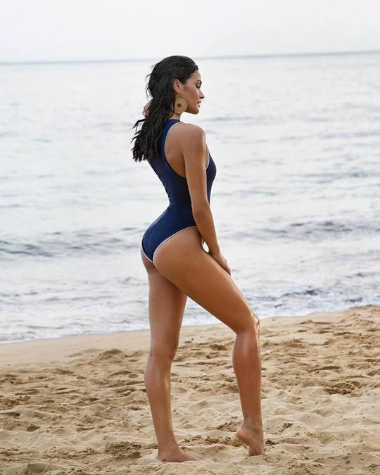 Cận cảnh vẻ đẹp tân Hoa hậu Hoàn vũ Puerto Rico - Ảnh 5.
