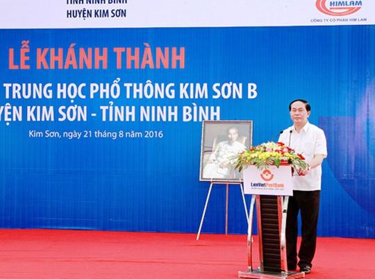 Những hình ảnh đẹp, gần gũi của Chủ tịch nước Trần Đại Quang với mái trường xưa - Ảnh 5.