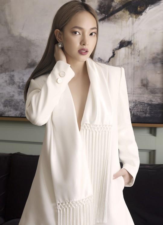 Qua tay Công Trí, fashionista 9X Châu Bùi càng lột xác - Ảnh 6.