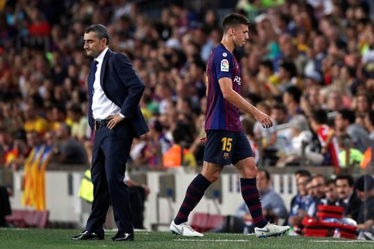 Trọng tài bẻ còi vì VAR, Barcelona suýt trắng tay trước Girona - ảnh 2