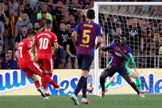 Trọng tài bẻ còi vì VAR, Barcelona suýt trắng tay trước Girona - ảnh 4