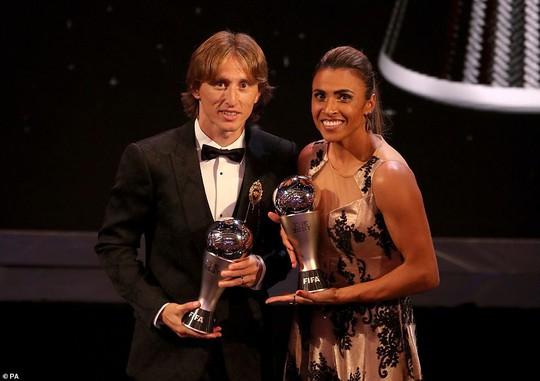 Hậu kỷ nguyên Messi-Ronaldo, Luka Modric chiến thắng Quả bóng vàng - Ảnh 13.