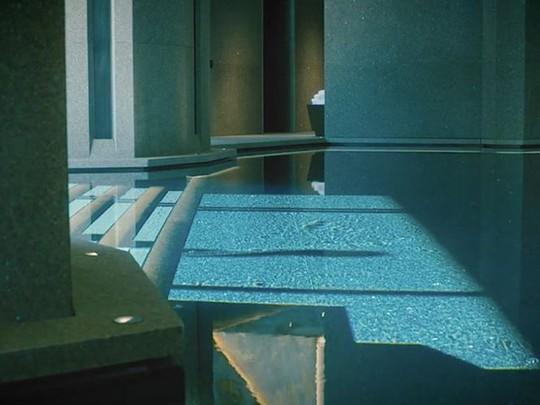 Bên trong biệt thự 7 tầng dưới lòng đất - Ảnh 11.