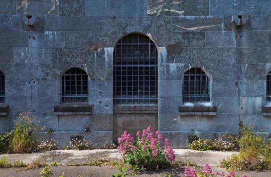 Nhà tù địa ngục hút khách giữa đảo thiên đường - Ảnh 7.