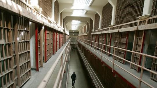 Nhà tù địa ngục hút khách giữa đảo thiên đường - Ảnh 8.