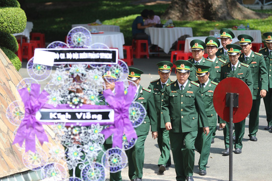 Lễ viếng Chủ tịch nước Trần Đại Quang tại TP HCM - Ảnh 13.