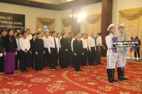 Lễ viếng Chủ tịch nước Trần Đại Quang tại TP HCM - Ảnh 16.