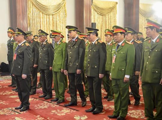 Lễ viếng Chủ tịch nước Trần Đại Quang tại TP HCM - Ảnh 8.