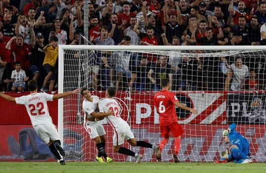 La Liga sốc khi Barcelona và Real Madrid rủ nhau bại trận - Ảnh 8.
