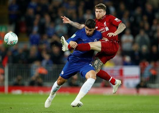 Hazard toả sáng, Chelsea ngược dòng loại Liverpool tại League Cup - Ảnh 2.