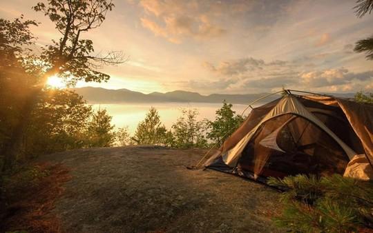 Lời khuyên hữu ích khi đi cắm trại trong rừng - Ảnh 2.