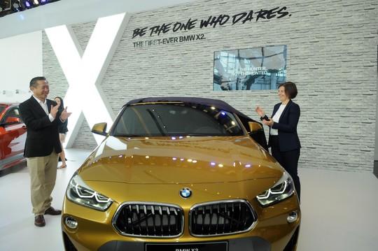 BMW X2 đẹp lung linh, giá hơn 2,1 tỉ đồng