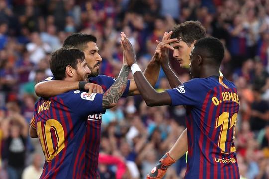 Messi, Suarez tranh đá phạt đền, Barcelona xé nát lưới Huesca - Ảnh 8.