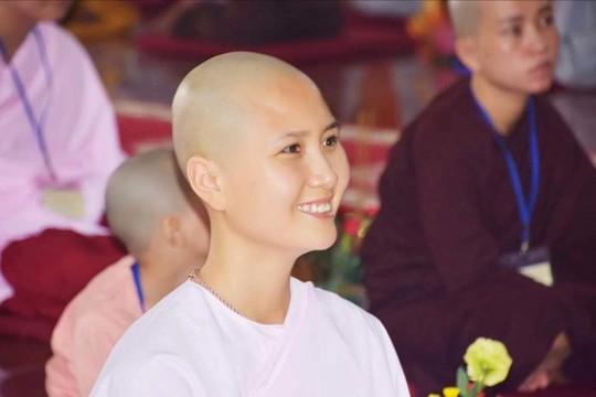 Người có mái tóc đẹp nhất Cuộc thi Hoa hậu Việt Nam 2014 xuất gia ở tuổi 24 - Ảnh 1.