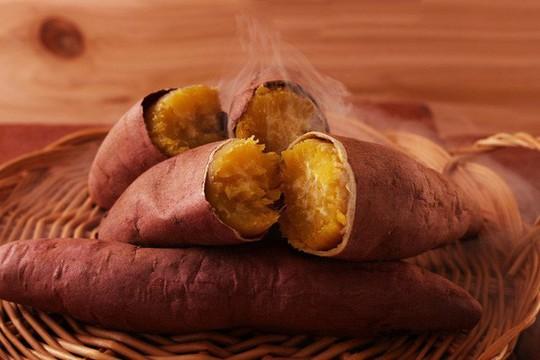 Đừng quên 5 lời khuyên quan trọng trước khi ăn khoai lang - Ảnh 2.