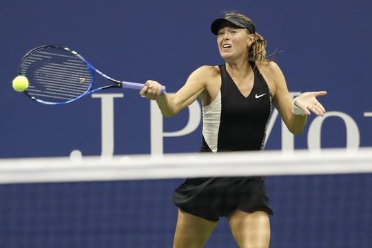 Clip Federer và Sharapova thua sốc ở vòng 4 US Open 2018 - Ảnh 4.