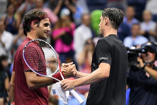 Clip Federer và Sharapova thua sốc ở vòng 4 US Open 2018 - Ảnh 8.