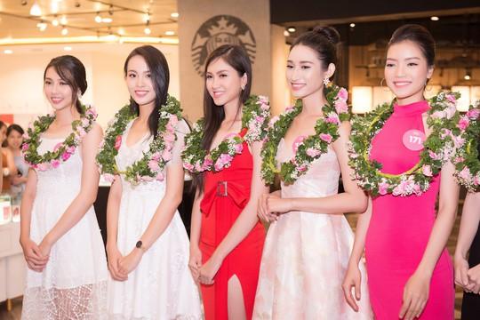 Ứng viên Hoa hậu Việt Nam 2018 chạy nước rút cho chặng đua cuối - Ảnh 4.