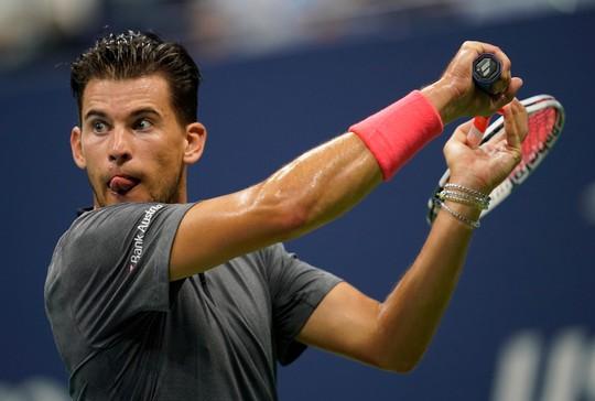 Clip: Thua ngược Nadal, Dominic Thiem thốt lên Tennis thật tàn nhẫn - Ảnh 5.