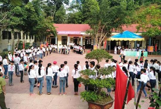 Hình ảnh khai giảng năm học mới tại vùng tâm lũ Mường Lát - Ảnh 12.