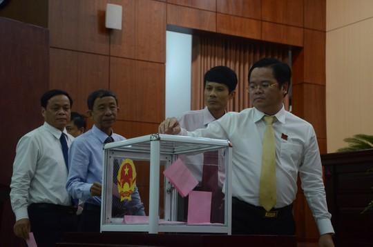 Phó trưởng Ban Kinh tế Ngân sách HĐND TP Đà Nẵng xin thôi việc - Ảnh 1.