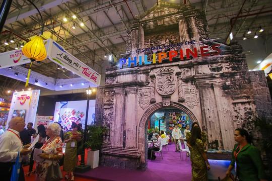 Rồng rắn xếp hàng mua vé 0 đồng tại Hội chợ Du lịch Quốc tế TP HCM - Ảnh 2.