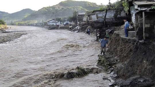 Triều Tiên: Lũ lụt, 76 người thiệt mạng - Ảnh 1.