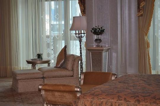Chiêm ngưỡng khách sạn dát vàng 7 sao siêu xa xỉ ở UAE - Ảnh 11.