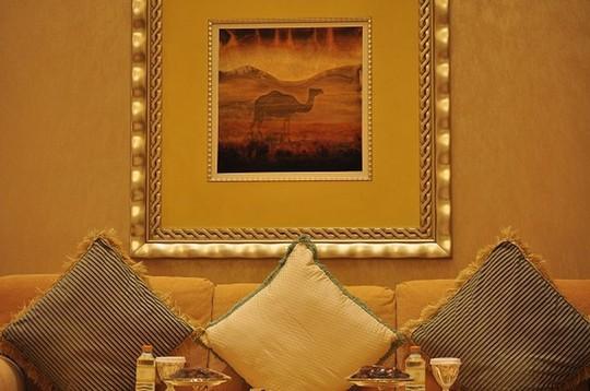 Chiêm ngưỡng khách sạn dát vàng 7 sao siêu xa xỉ ở UAE - Ảnh 13.