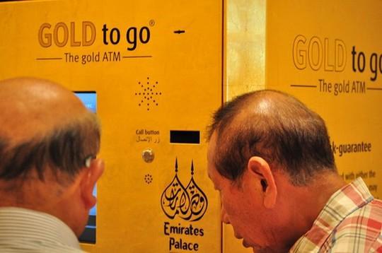 Chiêm ngưỡng khách sạn dát vàng 7 sao siêu xa xỉ ở UAE - Ảnh 6.