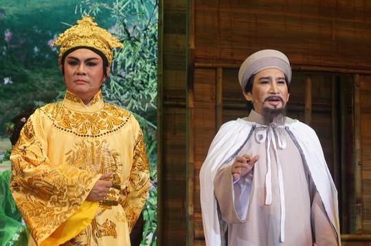 NSƯT Kim Tử Long lấy nước mắt khán giả với vai Nguyễn Trãi - Ảnh 2.