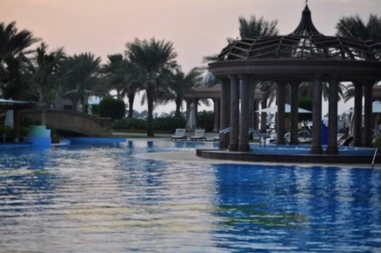 Chiêm ngưỡng khách sạn dát vàng 7 sao siêu xa xỉ ở UAE - Ảnh 15.