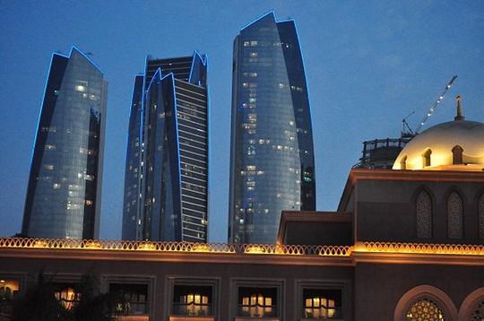 Chiêm ngưỡng khách sạn dát vàng 7 sao siêu xa xỉ ở UAE - Ảnh 16.