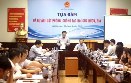 Tọa đàm về dự án Luật phòng, chống tác hại của rượu, bia - Ảnh 1.