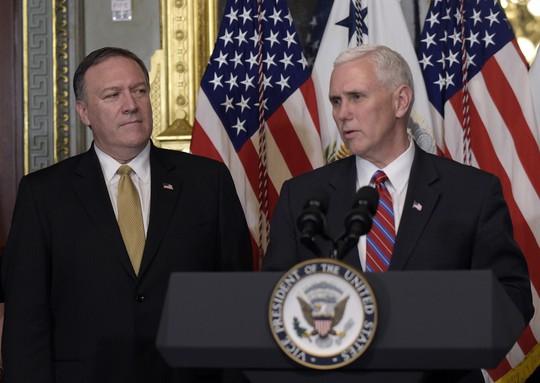 Quan chức Mỹ đồng loạt lên tiếng về bài viết bom tấn chọc giận ông Trump - Ảnh 2.